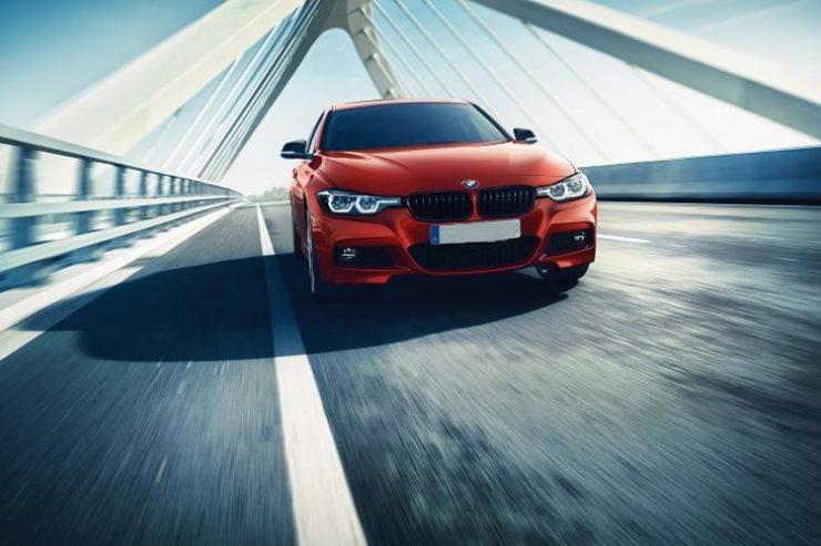 BMW Hadirkan Seri 330i M Sport Shadow Edisi Terbatas