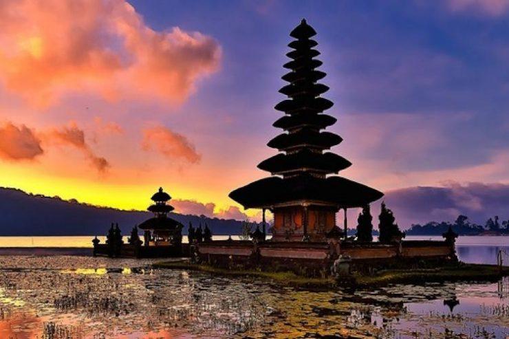 9 Destinasi Wisata Favorit Di Indonesia Sepanjang 2017